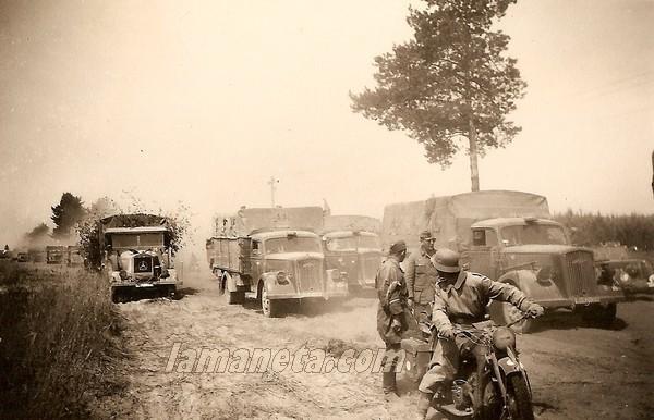 militares, militar, camiones, circulando, Alemania,