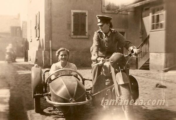 militares, militar, Alemania, chicas, mujeres, moto